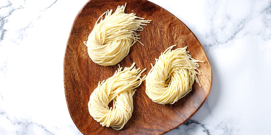 食べやすい太さの生パスタ スパゲッティ(1.9㎜)付き